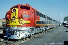 ATSF (EMD with a touring special @ Lubbock, Texas on April Photo by Joe McMillan. Bnsf Railway, Railroad Photography, Norfolk Southern, Train Art, Covered Wagon, Train Pictures, Electric Train, Train Engines, Diesel Locomotive