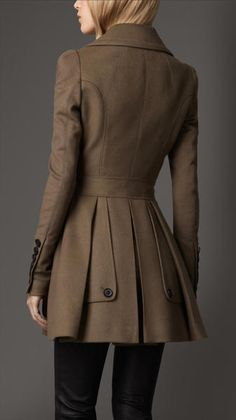 Burberry Fitted Wool Cashmere Pea Coat in Brown (pebble) - Lyst BURBERRY Brown Fitted Wool Cashmere Pea Coat Refined wool cashmere pea coat with ornate seam detailing, gathered shoulders and back pleats accentuate the feminine silhouette.