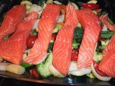 Laks og grønnsaker i ovn. | Lavkarbo gjort enkelt Sushi, Food And Drink, Ethnic Recipes