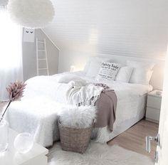 45 Cozy Teen Girl Bedroom Design Trends for 2019 2019 Cozy bedroom; The post 45 Cozy Teen Girl Bedroom Design Trends for 2019 2019 appeared first on Bedroom ideas. Design Your Own Bedroom, Girl Bedroom Designs, Pink Bedrooms, Teen Girl Bedrooms, Teen Bedroom, Scandinavian Style, Cozy Bedroom, Bedroom Decor, Bedroom Ideas