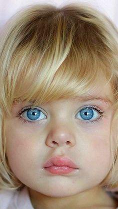 Beautiful Little Girls, Beautiful Children, Beautiful Babies, Lovely Eyes, Cool Eyes, Cute Kids Pics, Red Hair Woman, Cute Baby Wallpaper, Cute Kids Photography
