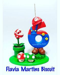 """93 Me gusta, 5 comentarios - AteliêdeBiscuit FlaviaMartins (@ateliedebiscuitflaviamartins) en Instagram: """"Aos 45 do segundo tempo saiuuu!!!! Olha aí Tatiana Nascimento Ah!!!Mario Bros!!!!❤❤❤❤ #biscuit…"""" Bolo Do Mario, Bolo Super Mario, Mario Cake, Mario Birthday Cake, Super Mario Birthday, Super Mario Party, Fondant Numbers, Fondant Letters, Super Mario Bros"""