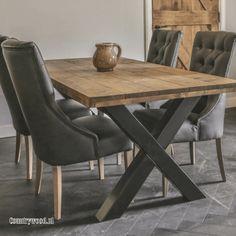 Industriële steigerhouten tafel