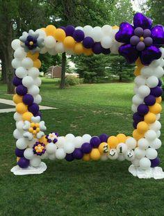 Balloon Frame, Balloon Wall, The Balloon, Graduation Decorations, Balloon Decorations, Birthday Decorations, Birthday Ideas, Prom Balloons, Baloon Art