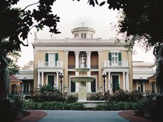 Nashville's 10 Hidden Gems - Nashville Lifestyles - Dates back to: 1853 Belmont Mansion and the Adelicia Acklen Art Collection Vacation Trips, Dream Vacations, Vacation Spots, Vacation Places, Weekend Trips, Vacation Ideas, Nashville Trip, Nashville Tennessee, Oh The Places You'll Go