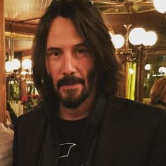 #keanureeves #españa #espagne #fun #actor #bike #arch #archmotorcycles #losangeles #la #nyc #newyork #ny #matrix #johnwick #wonderful #smile #movie #handsome #amazing #motogp #moto #cap #valencia #hair #hairstyles #love #book #scarf #michelin