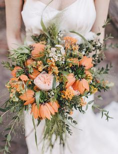 #orange #wedding #bouquet // Green Wedding Shoes // photography: Sara D'Ambra // florals: Caterina Maurini Flower Designer