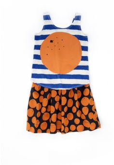 Seriously cute outfit! #orange #stripes