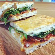 A simple classic Tuscan Schiacciata bread recipe that you should give a try! Bread Recipes, Real Food Recipes, Food Business Ideas, Sandwiches, Brunch Menu, How To Make Bread, Fritters, Food For Thought, Drinking