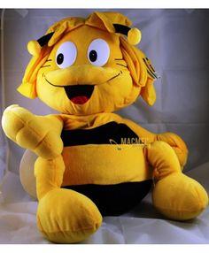 Peluche Abelha Maia 50 cm. Ideal para os amantes da abelha maia, um peluche grande e fofo! #macmel #abelha #maia #abeja #maya #peluche #prenda Bee Gifts, Maya, 50th, Pikachu, Fictional Characters, Big Teddy, Plushies, Bees, Lovers