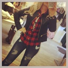 Faux Leather Jacket and Plaid Shirt Plaid Fashion, I Love Fashion, Passion For Fashion, Fashion Outfits, Fall Outfits, Cute Outfits, Fashion Killa, Types Of Fashion Styles, Beautiful Outfits
