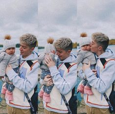 Jacky and his baby girl 😍❤️❤️ Jack Avery, Corbyn Besson, Jonah Marais, Why Dont We Band, Band Wallpapers, Baby Momma, Zach Herron, Instagram Blog, Cute Family