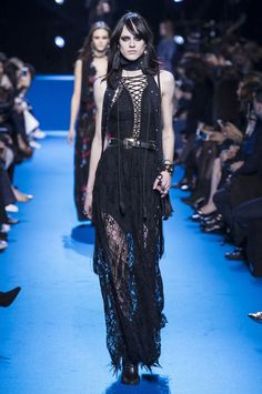 All the Looks From the Elie Saab Fall 2016 Ready-to-Wear Show
