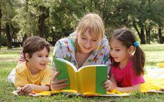 Как увлечь ребенка чтением?  Вы задумывались, почему одни дети читают «взахлеб», а для других книга — наказание? Разные уровни развития? Может быть, и это сказывается. Но ведь речь не о высшей математике. В средней школе читать обучают практически любого ребенка.  Продолжение: http://animedia-company.cz/kak-uvlech-rebenka-chteniem-blog/