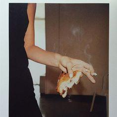 "kate-jam-and-diamonds: "" Helmut Lang backstage, Paris, 1995 / ph: Juergen Teller "" xo je me manque ox Kate Moss, Helmut Lang, Aesthetic Photo, Aesthetic Pictures, Film Aesthetic, Film Photography, Lifestyle Photography, Artistic Photography, Jardin Des Tuileries"