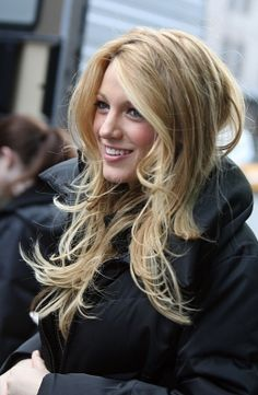 Honey with light blonde face framing highlights-Blake Lively
