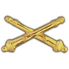 Field Artillery Pin Approximate size is 1 1/4