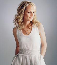 Helen Hunt, Academy Award-winning actor. So gorgeous!  I like this dress!