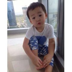 34 best ideas for cute children pictures parents Cute Twins, Cute Babies, Superman Kids, Song Daehan, Song Triplets, Cutest Thing Ever, Baby Pictures, Children Pictures, Kids And Parenting