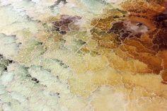 Imagen aérea de formaciones de sal en el Mar Muerto, situado entre Jordania e Israel.