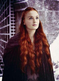 Sansa Stark (Sophie Turner):