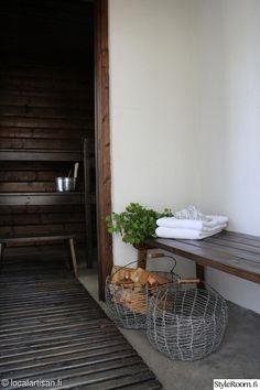 Love these baskets Utility Room Inspiration, Interior Inspiration, Sauna Shower, Portable Sauna, Sauna Design, Finnish Sauna, Outdoor Sauna, Steam Sauna, Spa Rooms