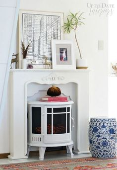 Create a globally inspired Fall mantel with these easy decorating tips!   #falldecorideas, #falldecorlivingroom, #falldecorideasforlivingroom, #fallcenterpieceideas, #falldecorideasforthehomediy, #falldecortrends  #modernglobaldecor #globaleclecticdecor #