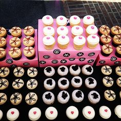 Georgetown Cupcake Salted Caramel, Peanut Butter Fudge, Cookies & Creme, Vanilla & Buttercream, and Red Velvet cupcakes!