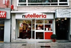 OH MY!! Ya that's right an entire restaurant dedicated to Nutella.  Literally anything you could imagine covered, flavoured, sandwiched or dipped in Nutella, they have.  And yes, their cash desk is shaped like a jar of it!  It's located in Bologna, Italy and there is another in Frankfurt, Germany.