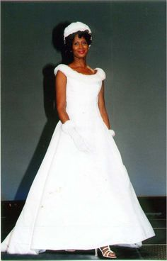 https://flic.kr/p/DoSQML | BLACK WOMEN'S BRIDAL/FASHION EVENT, OCTOBER 2000 | CLEVELAND STATE UNIVERSITY COVOCATION CENTER