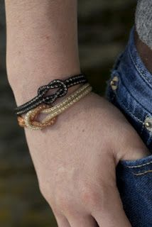How to: Square Knot Bracelet using knitted wire #SilverSilk #Fashion #Craft #Jewelry