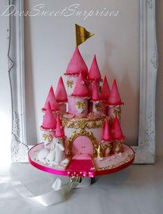 So pretty!!! Princess birthday cake.