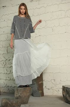 BIYA / Pete & Greta sweatshirt sheer maxi skirt