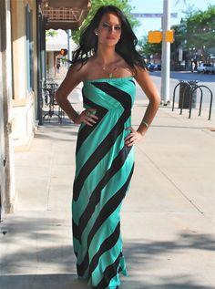 Loving this maxi dress!