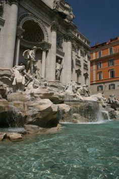 Fontana di Trevi - Roma - Italy