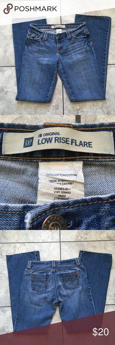 GAP Low Rise Flare Jeans GAP Low Rise Flare Jeans. 100% cotton. Excellent condition. Size 4 Regular. GAP Jeans Flare & Wide Leg
