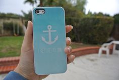 I refuse to sink. I love this case the anchor and all!