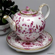 1880s Antique Meissen Purple Indian Teapot Footed Trivet Rosebud Finial MUST SEE