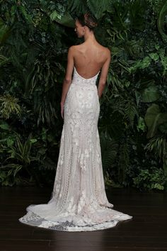 Naeem Khan By Collections SIGNATURE GOWNS GRANADA