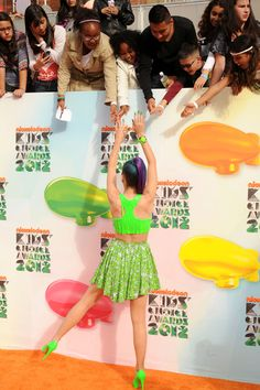 Katy Perry's outfit at the Nickelodeon Kids' Choice Awards was eye-catching, as usual. What do you think of it?