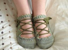 This listing is for a PDF document, not a finished object.  What should one wear while dancing amongst trees in a golden wood? What covers the feet of elves? Surely they would appreciate these silky slippers, covered in leaves and laced with vines.  These pretty and playful slippers knit up