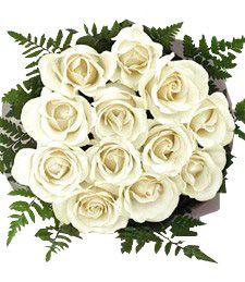Mazzo di rose bianche...classico e raffinato.