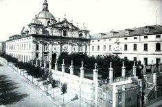 Salesas reales 1880. En realidad fue un convento, pero Bárbara de Braganza lo hizo a lo grande, un lujoso palacio. Actualmente es el TRIBUNAL SUPREMO.