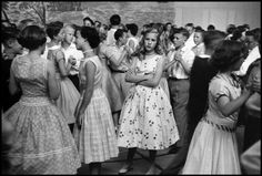 UNITED STATES—A school dance, 1956. © Wayne Miller / Magnum Photos