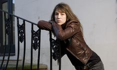 French actress and singer-songwriter Charlotte Gainsbourg photographed in London. Charlotte Gainsbourg, Jane Birkin, Lou Doillon, Josephine Baker, French Hair, Soft Cup Bra, French Actress, London Photos, British Actresses