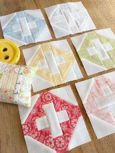Carried Away Quilting's Homestead blocks for the 2017 Patchwork Quilt Along with Fat Quarter Shop; Fabric: Fleurs by Brenda Ridd for Moda; Thread: Aurifil