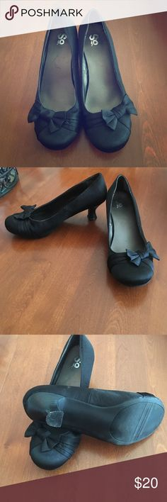 Barely worn black heels! Barely worn black heels. About 1 inch heel. SO Shoes Heels