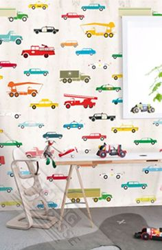 Behang met auto's van Studio Onszelf uit de collectie Sweet Baby. #Kinderkamer #behang #nursery #wallpaper