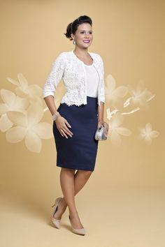 Conjunto de vestido com bolero trabalhado em renda. Blusa Branca e bolero branco. Com vestido azul marinho. Will - Bella Herança - Moda Evangélica e Roupa Evangélica: Bela Loba