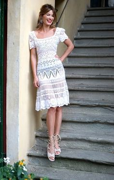 Hanneli Mustaparta in a Pia Tjelta by TiMo dress, Chloé sandals and Miu Miu earrings. Salvatore Ferragamo, Honeymoon Outfits, Vacation Outfits, Streetwear, Beachwear Fashion, Couture Week, Fashion Pictures, Fashion Ideas, Mode Inspiration